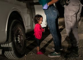 Nominiert für das World Press Photo of the Year 2019: Crying Girl on the Border - John Moore, United States, Getty Images