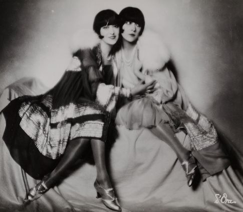 Madame d'Ora, Dolly Sisters