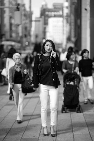 "Noctilux: Mark Strachan, 2Shopper"" Ginza, Japan 2014, NOCTILUX with M240"