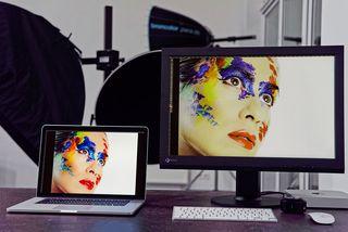 Die Darstellung auf verschiedenen Monitor ist immer unterschiedlich. Mit Datacolor-Systemen kan man sie vereinheitlichen und farbmetrisch korrigieren.