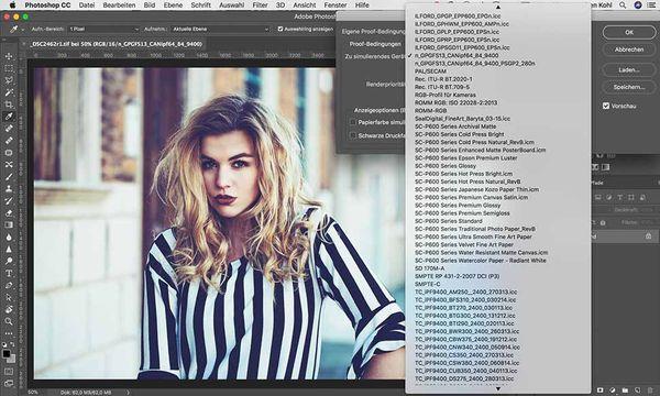 """In """"Adobe Photoshop"""" kann unter Ansicht die Proof-Darstellung mit dem passenden Profil für das gewählte Papier eingestellt werden."""